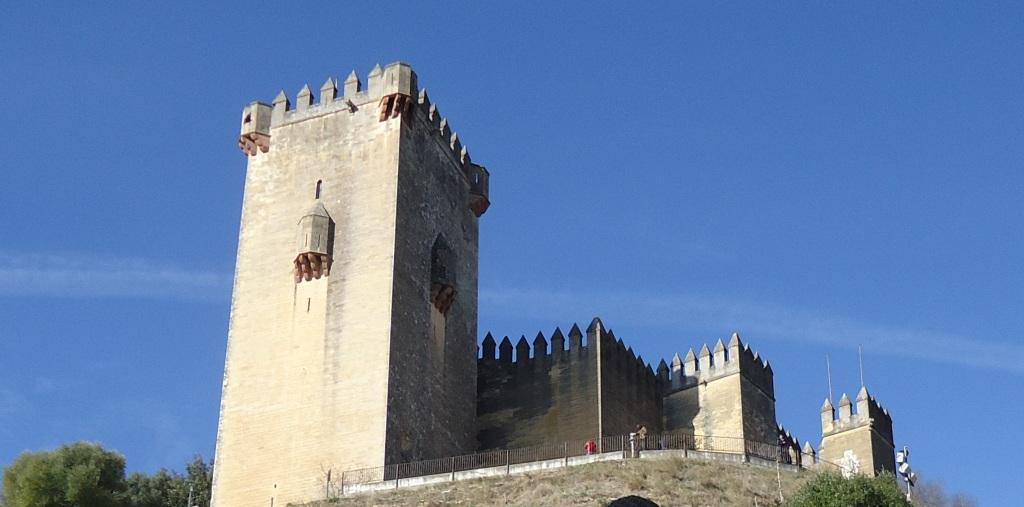La imagen tiene un atributo ALT vacío; su nombre de archivo es castle-me-edited.jpg